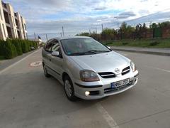 Nissan Almera Tino Серебристый 1.8 2001 г, 245728km, Срочно торг!