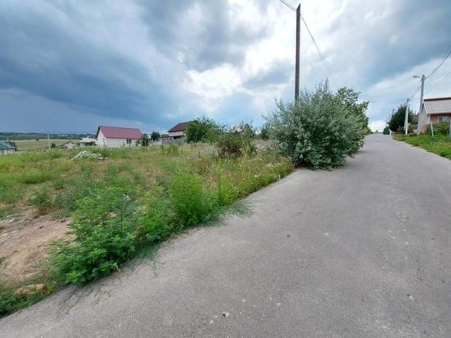 Продается земельный участок под строительство- 6 соток - 1