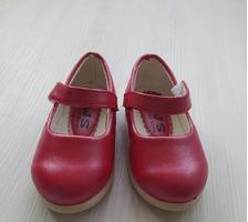 Новые туфли,пинетки для девочки