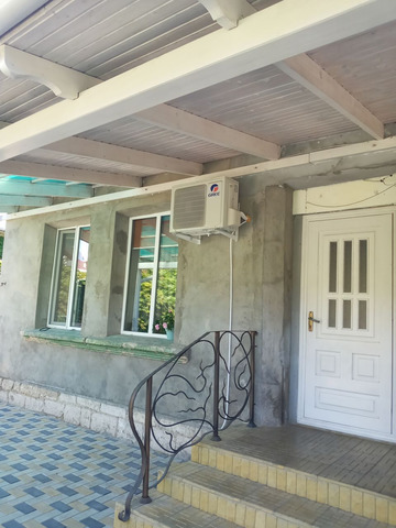 Продается дом и 10, 57 соток земли - 1